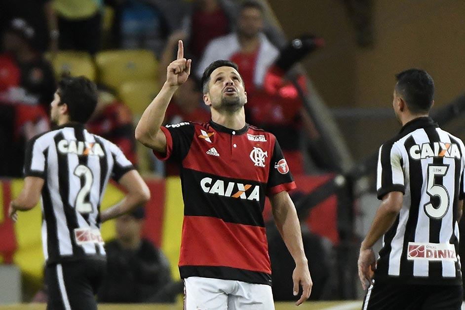 Com linda jogada de Berrío e gol de Diego 4b711506534fc