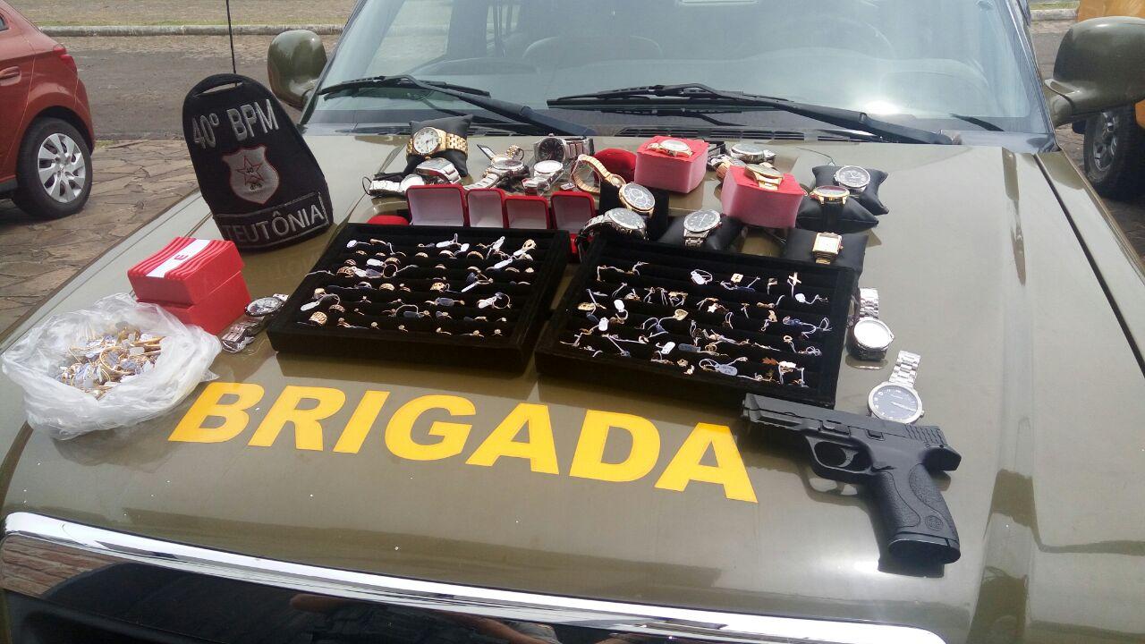 e312868d679 Dupla é presa após roubo a joalheria em Teutônia - Grupo Independente