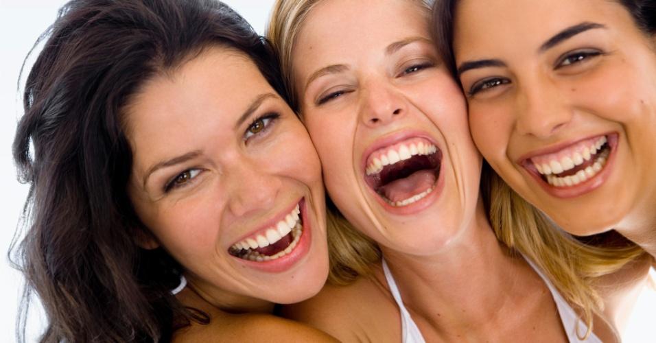 mulheres-dao-risada-felicidade-1351048248976_956x500