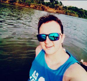 Cássio Breitenbach é praticante de Stand Up paddle e avistou os peixes (Foto: Arquivo Pessoal)