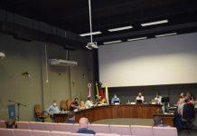 Sessão teve dois novos projetos aprovados (Foto: Caroline Silva)