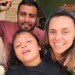 Fiorella e seus pais, Analu e Josimar (Foto: Arquivo Pessoal / Divulgação)