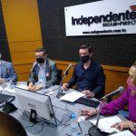 Debate teve a mediação do jornalista Ricardo Sander (Foto: Tiago Silva)