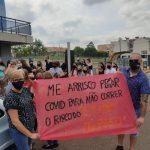 Em Teutônia, manifesto foi organizado pelo coletivo feminista do município (Foto: Larissa dos Santos / Divulgação)