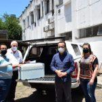 Por volta das 12h15, chegou a primeira remessa de vacinas contra a Covid-19 (Foto: Luís Fernando Wagner)