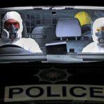 policiais-na-irlanda-usam-protecao-durante-pandemia-do-coronavirus-1590698772742_v2_900x506
