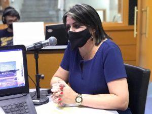 Secretária municipal de Educação, Elisângela Mendes (Foto: Jonas de Siqueira)