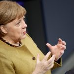 Chanceler da Alemanha, Angela Merkel, discursa sobre a pandemia de Covid-19 em Berlim em 11 de fevereiro de 2021 (Foto: Hannibal Hanschke/Reuters)