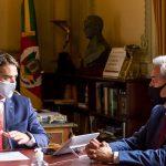 Edson Brum toma posse como secretário estadual de Desenvolvimento Econômico (Foto: Gustavo Mansur/Palácio Piratini)
