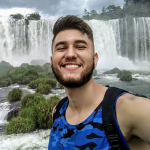 guilherme-chiapetti-de-apenas-22-anos-esta-entre-as-330-pessoas-que-morreram-enquanto-tentavam-tirar-selfies-1615493010155_v2_450x450
