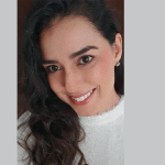 Walnísia Vieira tem 39 anos e não faz parte do grupo prioritário de vacinação (Foto: Arquivo pessoal/divulgação)