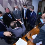Grupo de senadores deliberam com o presidente o andamento dos trabalhos na CPI da Covid