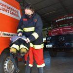 Uma das demandas da corporação é pela compra de roupas de aproximação, usadas para ocorrências com incêndio (Foto: Gabriela Hautrive)