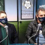 Secretário Mauro Heinen e o prefeito Paulo Cezar Kohlrausch detalham o programa (Foto: Tiago Silva)