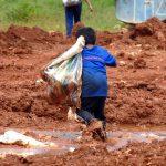 1280px-crianca_lixao_20080220_-_marcello_casal_jr._-_agencia_brasil