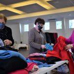 No local são oferecidas roupas de inverno para todos os tamanhos (Foto: Gabriela Hautrive)