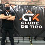 Instrutor do CTK Luis Angeieski (Foto: Caroline Silva)