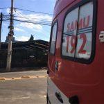Ambulância do Samu no local (Foto: Artur Dullius)