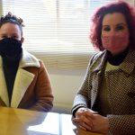 Representantes dos Sindicatos dos Servidores Públicos e dos Professores Municipais de Lajeado, Patrícia Rambo (d) e Rita de Cássia Quadros da Rosa (e) (Foto: Gabriela Hautrive)