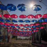 Rua das Sombrinhas marca campanha de conscientização em Estrela