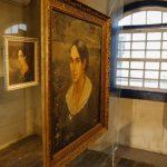 Anita Garibaldi retratada em telas que integram acervo da Casa de Anita