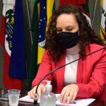 Presidente do Sindicato dos Professores Municipais de Lajeado, Rita de Cássia Quadros da Rosa (Foto: Gabriela Hautrive)