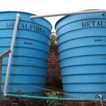 Cisternas para abastecimento de banheiros (Foto: Divulgação)