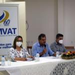 Assembleia presencial ocorreu na sede da Associação Comercial, Industrial e Serviços (Acisam), em Arroio do Meio, sob coordenação do presidente Paulo Kohlrausch (Foto: Caroline Silva)